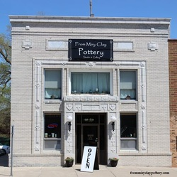 Pottery in Iowa, Dayton Iowa